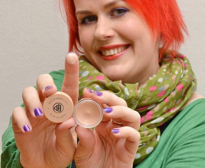 Ostja soovitab: makeup base Bellapierre – väike, aga tubli!